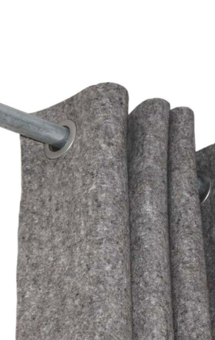 Vilt is een natuurlijk materiaal dat niet rafelt en gemakkelijk te verwerken is d.m.v. bv. snijden en naaien. Wolvilt is verduisterend, waterafstotend, slijtvast, brandvertragend en geluidsdempend. Zeer geschikt als gordijn bij een voordeur om het