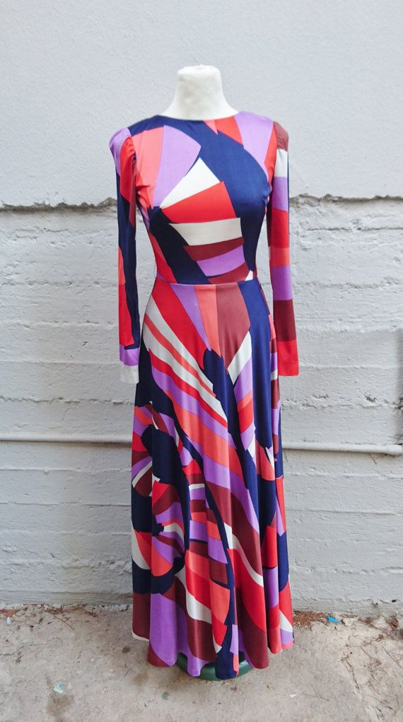 FREE Registered Shipping  Elegant vintage 70s abstract by IL2C