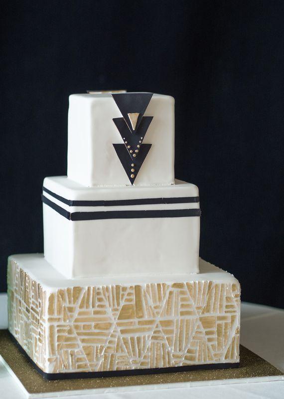 Bohemian Art Deco wedding | photo by Stephanie Collins | 100 Layer Cake