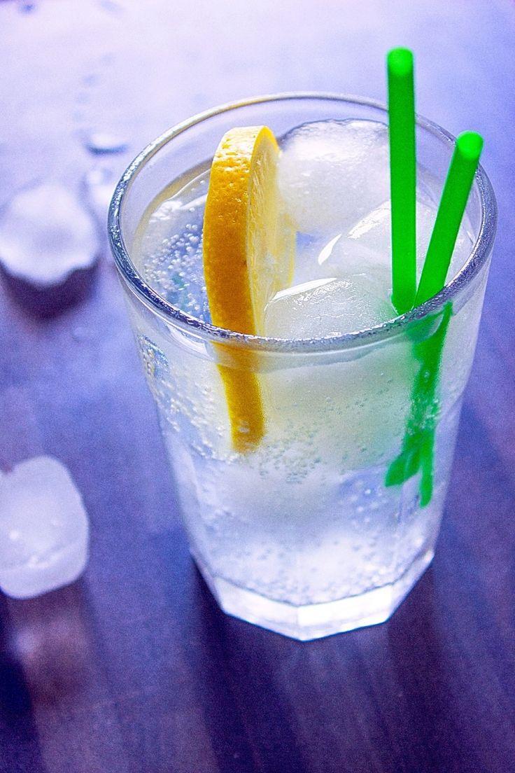 Gin Tonic cocktail: la ricetta originale del drink con gin e acqua tonica.