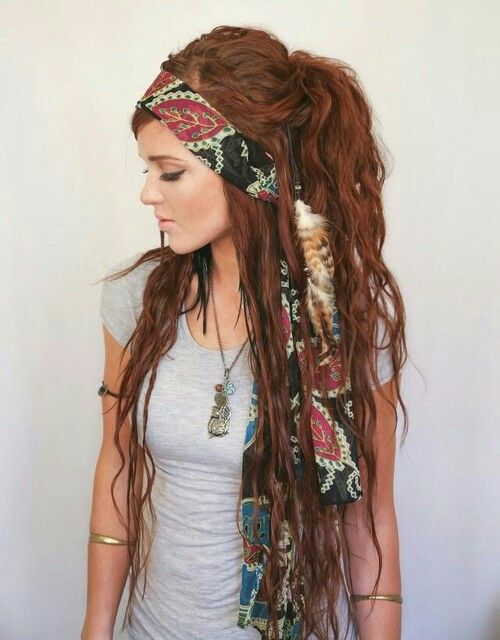 I wish I had hair this long to pull the look off! I love it!