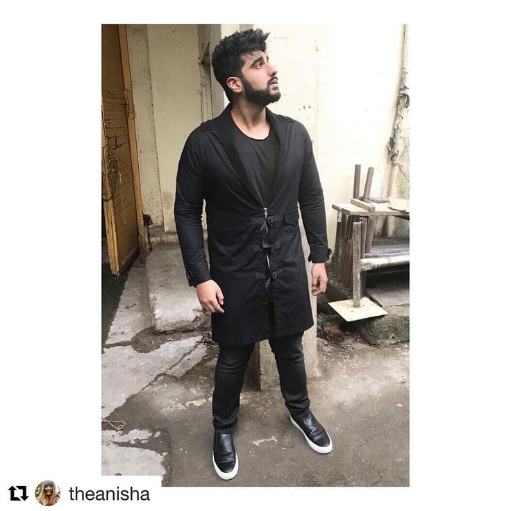 #Repost @theanisha (@get_repost) ・・・ @arjunkapoor in a custom made @abhishekpaatni layer, @allsaints tshirt, @diesel jeans and @