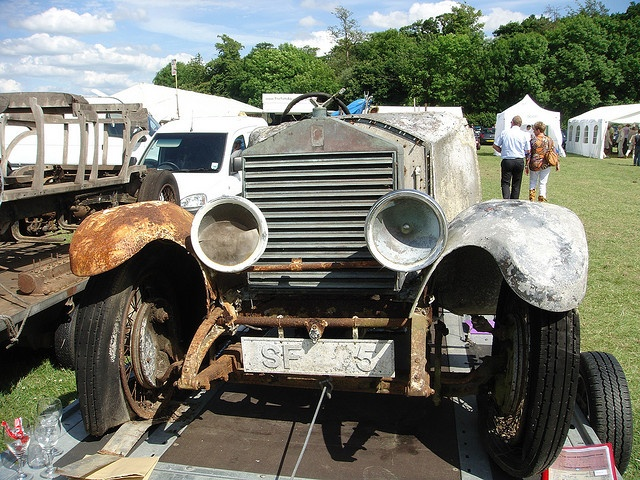 Authentic Barn Find Rolls Royce Via Flickr