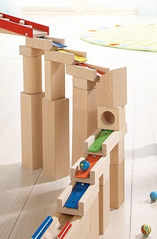 Haba - Melodious building blocks. Arranged in the correct order, the melodious building blocks form a pentatonic scale.