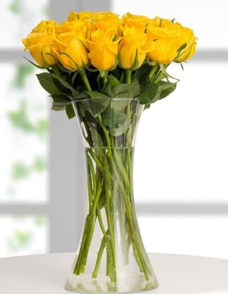 Güllerin Kraliçesi Sarı Güller, 15 Adet, Kurtköy Çiçekçi, Ürün Kodu : GÜL306, Kdv Dahil Fiyatı: 94,00 TL, Bounos Cart'a 12 Taksit