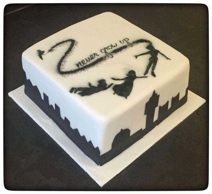 Peter Pan never grow up cake