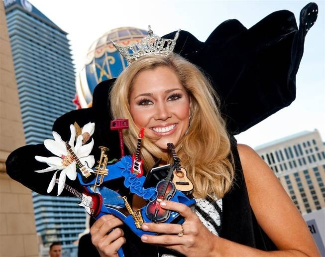 From the Las Vegas Sun gallery of the 2011 DSW Shoe Parade with the Miss America contestants.