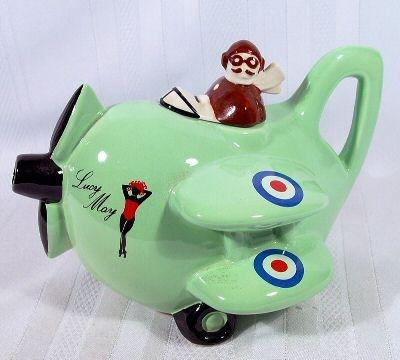 Air plain Tea Pot too cute...