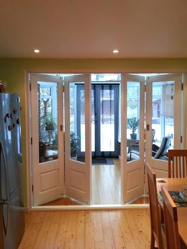 Indoor Bifold Doors Folding Timber Bi Fold Door Painted White Interior Bifold Doors With Frosted Glass Interiorfabrics Stylish Doors Bifold Doors Wooden Doors