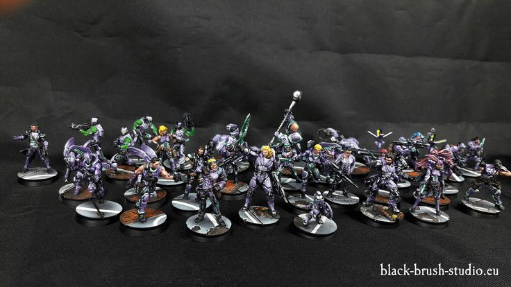 Commission miniature painting service for Warhammer 40K, Warhammer Fantasy Battle, Warmachine, Hordes, or Any other figure.
