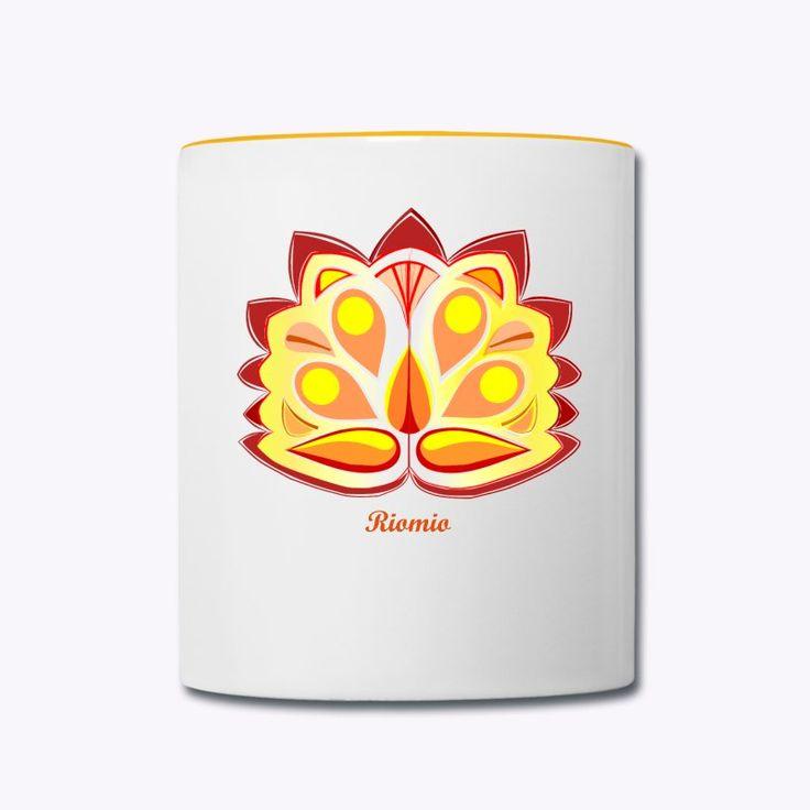 Keine Chance für trübe Tassen. Der klassische Henkelbecher für Kaffee, Tee und andere Lieblingsgetränke besticht durch dezente Farbkontraste. Farblich abgesetzter Henkel und oberer Rand.