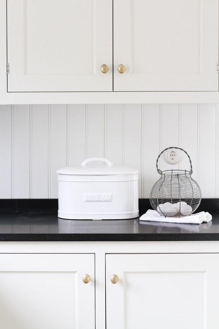 IB Laursen | Brödlåda i keramik Vit | Matilde & Co | Handla online