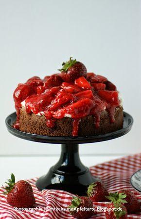 Brownietorte mit Mascarpone und Erdbeeren - sensationelles Sonntagssüß