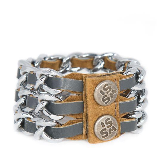Link 3 basalt! Stoer, handmade in Breda en van superieure kwaliteit! Deze armband heb je voor jaren! www.issamadeby.nl/shop/made-by-caroline/link-three