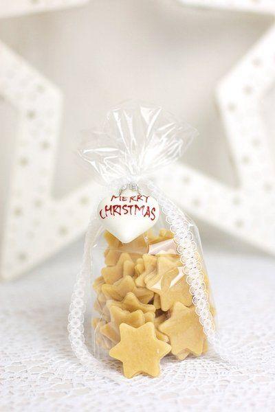 die besten 25 selbstgemachte ornamente ideen auf pinterest art deco diamant weihnachtskarten. Black Bedroom Furniture Sets. Home Design Ideas
