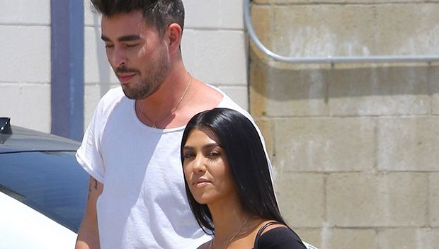 Kourtney Kardashian Goes Braless & Flashes Nipples In Skin-Tight Top With Mystery Man https://tmbw.news/kourtney-kardashian-goes-braless-flashes-nipples-in-skin-tight-top-with-mystery-man  Kourtney Kardashian was seen flaunting her nipples (just like her sisters) and hanging with a new man (amid rumors she and beau Younes Bendjima have split) in LA on June 30 and her style proves she's got everything under control!Kourtney Kardashan, 38, may be the oldest of the Kardashian-Jenner siblings…