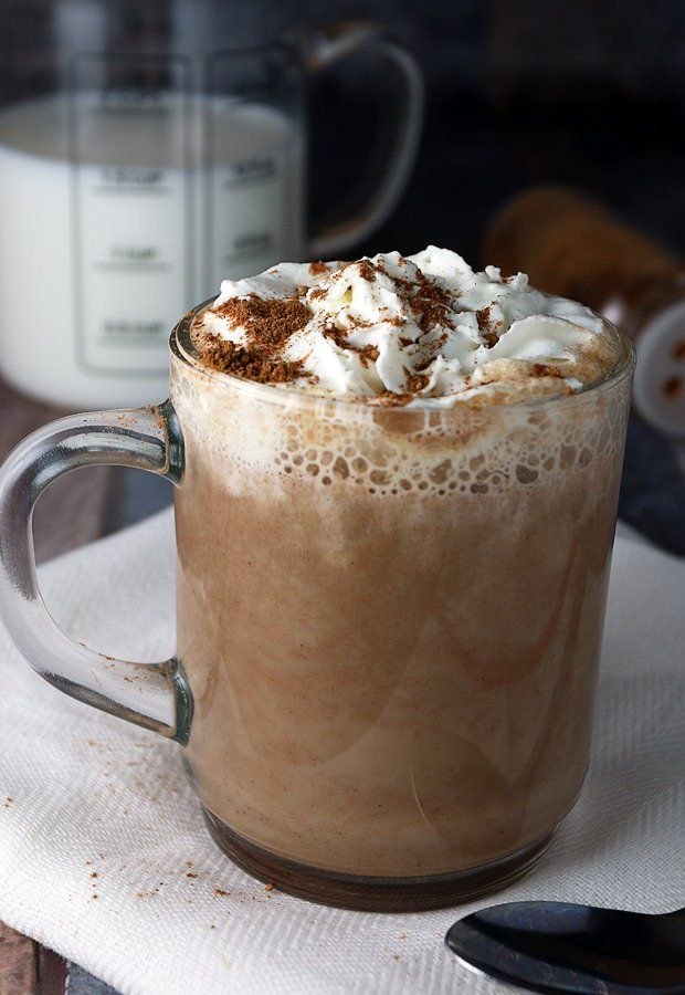 Warm yourself off in the cold months with a delicious mug of home-made pumpkin pie spice latte!   Shared via www.ruled.me