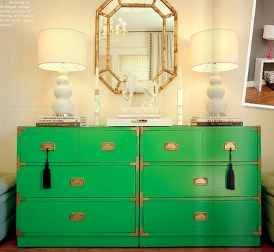 loooove: Mirror, Campaigns Furniture, Color, Paintings Dressers, Campaigns Dressers, Tassels, Kelly Green, Green Dressers, Chest Of Drawers