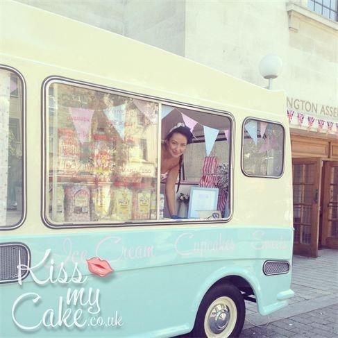 Bluebelle vintage ice cream van hire, Hampshire, Sussex, Surrey, Herts, London, Essex Kissmycake.co.uk
