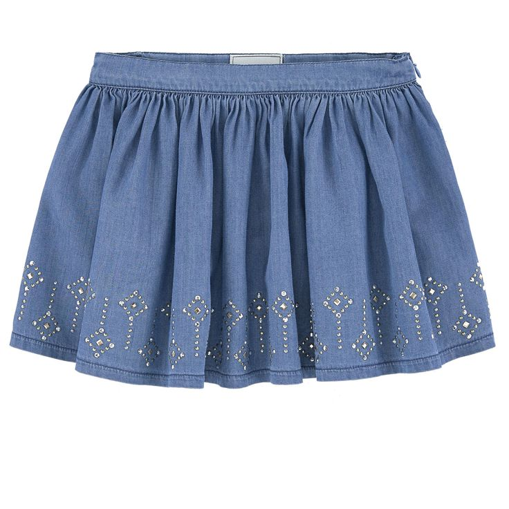 Cotton chambray Flared skirt Very flared bottom Loose fit Invisible zipper on the side Fancy rhinestones - 35,00 €