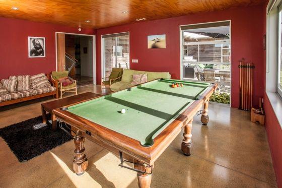 Family lounge - Mangawhai bach or holiday home
