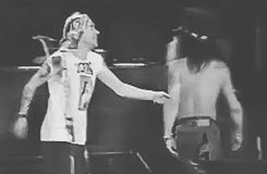 This is Axl's and Slash's last hug and god damn it makes me cry.
