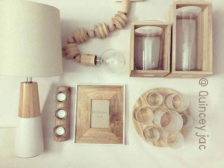 #white #natural #wood #lighting #lamp #pendantlight #candles #simple #homewares #layout #quinceyjac