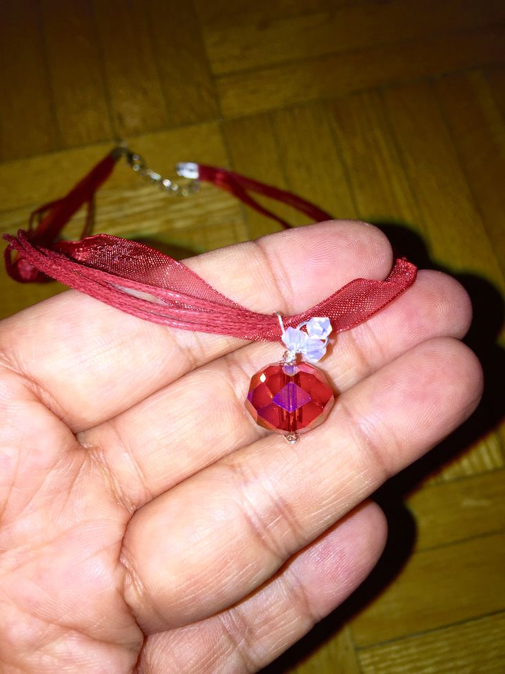 Close up of Canada Day Giveaw-EH pendant - red 'Chinese crystal' and Swarovski crystal bicones for the leaf