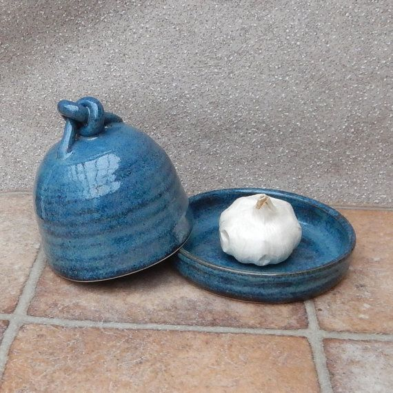 Garlic roaster ....wheel thrown stoneware pottery