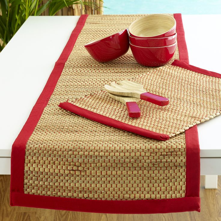 Perfect picnic! Avoca table runner red $29.95 teamed with Avoca placemat red $9.95, Mia bamboo short salad servers and Iyla bamboo bowls s/4 red $49.95 - shop it all here http://www.oasishomewares.com/host-a-party/book-an-Oasis-party.html