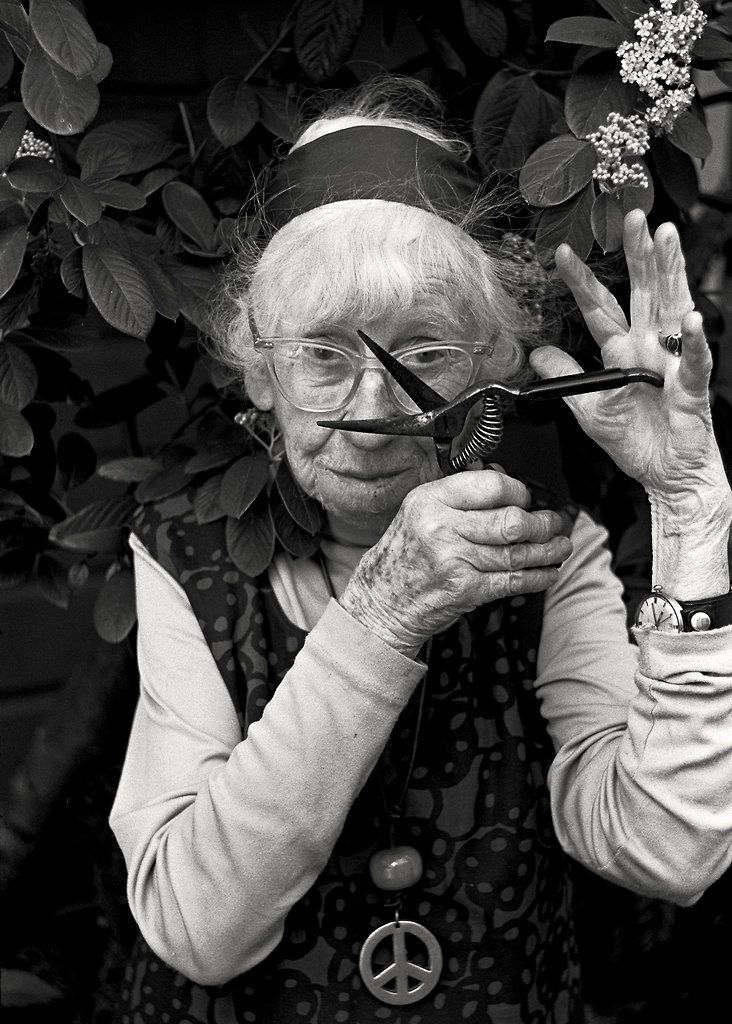 the life and career in photography of imogen cunningham Imogen cunningham (1883 – 1973) one of the first professional female photographers in america, imogen cunningham is considered by many photography collectors and curators as the 'reigning queen' of california photography during the first half of the 20th-century.