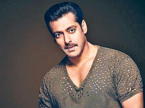 Salman Khan (2010) - Man with a Moustache     He brought back the moutache in Bollywood with his portrayal of a cop in 2010's blockbuster hit Dabangg. Though he called veteran actor Shatrughan Sinha as the inspiration behind his moustache. #SalmanKhanHair