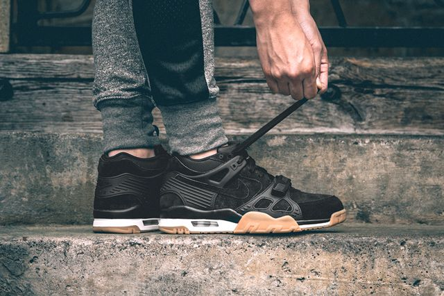 Want it now! nike-air-trainer-3-black-gum-1