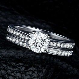 Silver Stainless Steel Crystal Engagement Wedding Couple Rings For Lovers