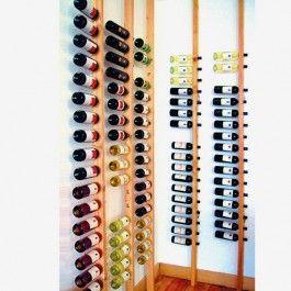 Die Weinregale lassen sich sehr platzsparend aufstellen. Die Flaschen- höhe, plus der Platz um die Flasche herauszuziehen, ergeben eine Breite von ca. 40cm.