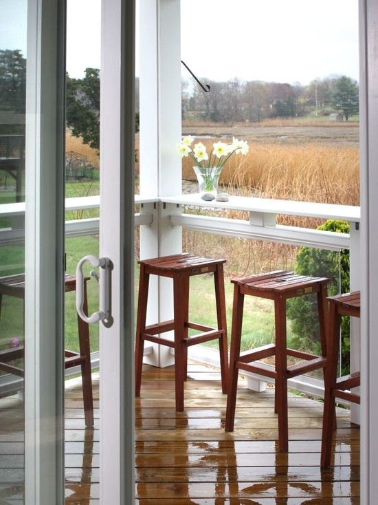 Great idea to put bar tops and stools around perimeter of porch.