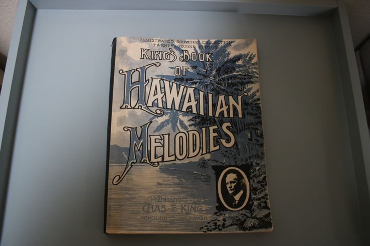 King's Book of HAWAIIAN MELODIES, Illustrated Souvenir Collection, 1948 by SensitiveBookishType on Etsy