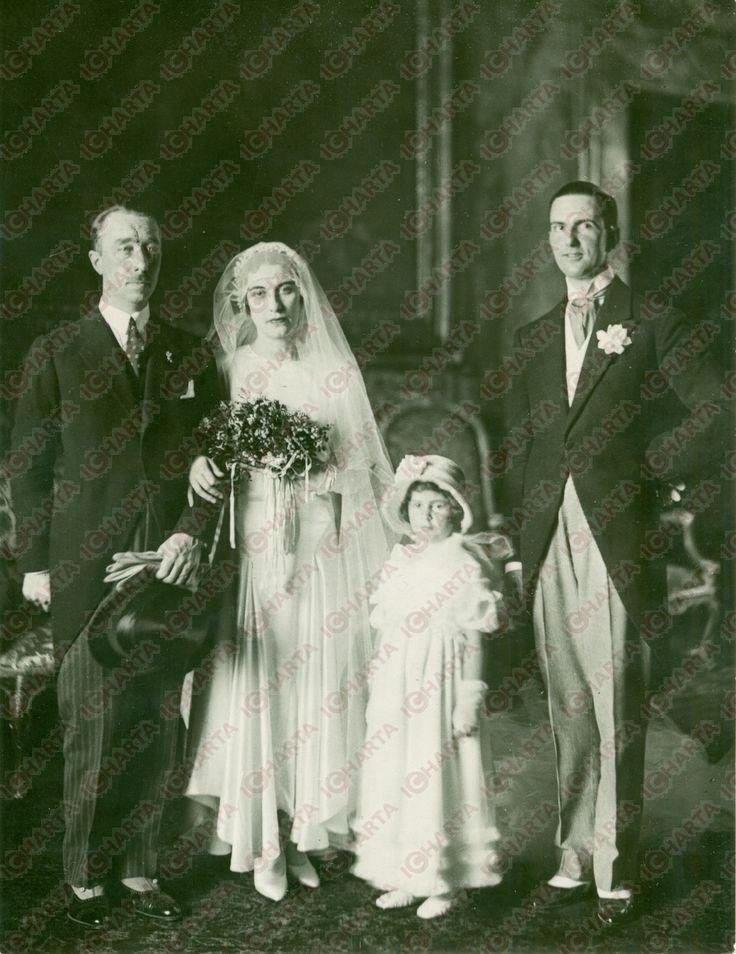 Nozze 1929 tra il principe Vitaliano X Borromeo Arese (1892-1982) e Ida Taverna dei Conti di Landriano (1903-1973), figlia di Ludovico conte di Landriano e di Maria dei Marchesi Stanga Trecco. Alla presenza del principe di Piemonte Umberto di Savoia (1900-1983), principe ereditario del Regno d'Italia.