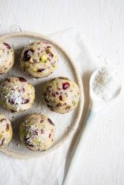 Simple and delicious Cranberry and Pistachio Bliss Balls. Free from gluten, grains, dairy, egg and refined sugar. I hope you enjoy them as much as we do.