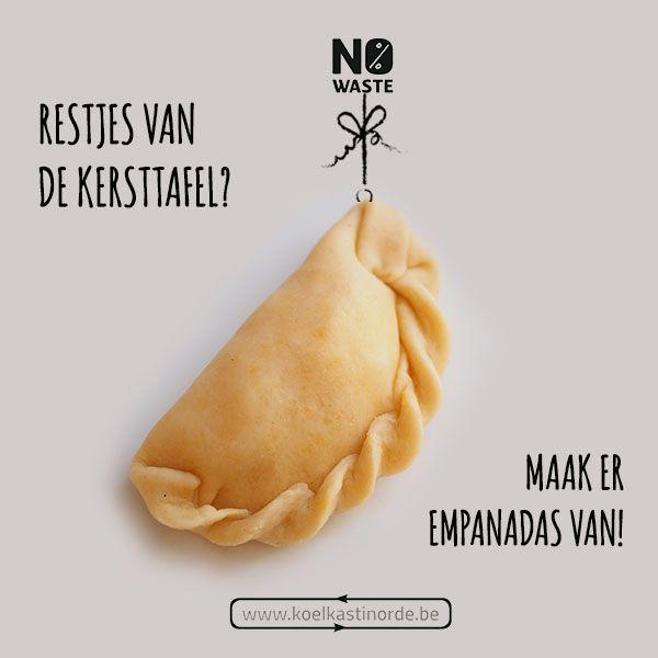 Kerst betekent vaak overschotjes. Maak er deze lekkere empanadas van met restjes puree, kalkoen, stoverij, groentjes, ... . Check mijn recept voor Empanadas met Guasacaca saus à la Jennifer  op kolekastinorde.be en waste no more!   #nowastefeest #voedselverlies  http://koelkastinorde.be/empanadas-guasacaca-saus-a-la-jennifer/