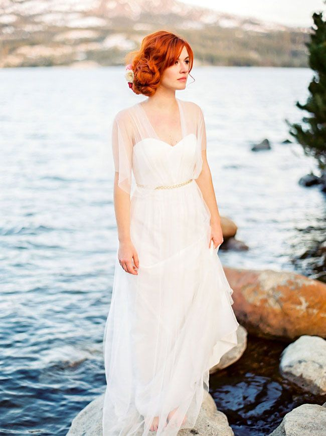 beautiful @BHLDN dress using a convertible tulle sash for endless styling options!