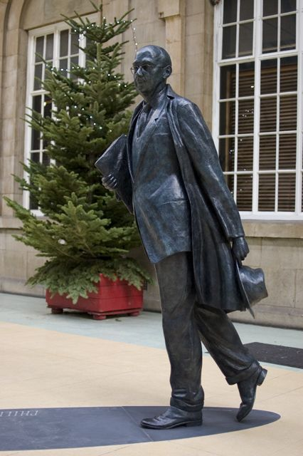 Philip Larkin statue, Hull Paragon http://www.telegraph.co.uk/culture/books/10462063/City-of-Culture-Hull-is-a-city-of-poets.html