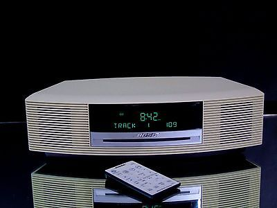 Bose Wave Music System AWRCC2 AM/FM Radio CD Player AUX Alarm Clock Remote