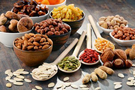 Czy bakalie w diecie stoją w sprzeczności z kuracją odchudzającą? Temu tematowi poświęciliśmy nasz najnowszy blog. Zapraszamy do lektury. https://oliwka24.pl/bakalie-dieta-odchudzanie/