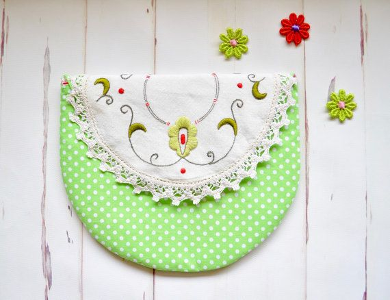 Green purse, doily pocket wallet, apple green pouch, upcycled doily purse, embroidered pouch, Mothers day gift, grandmothers gift