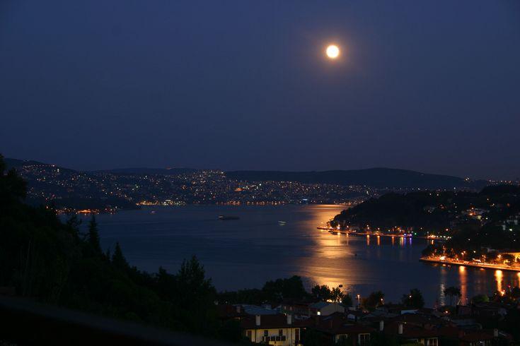 Full Moon over the Bosphorus - İstanbul