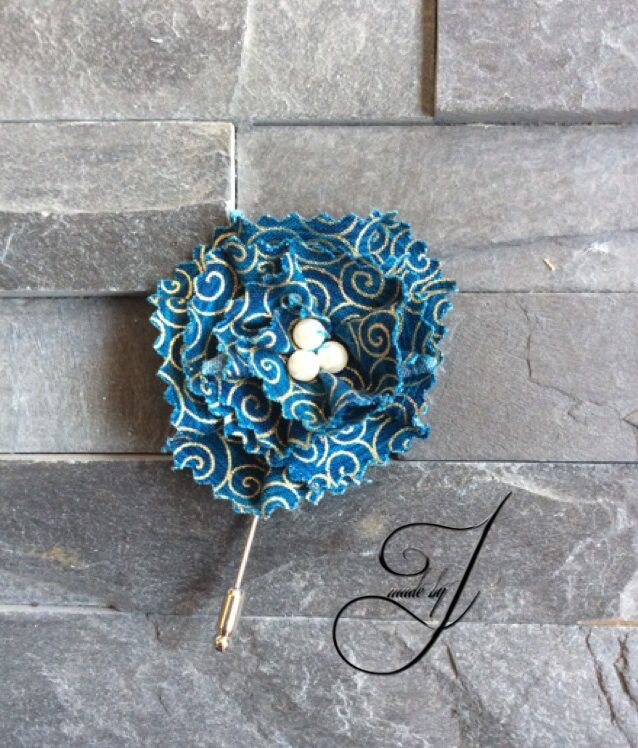 Fun flower lapel flower/pin