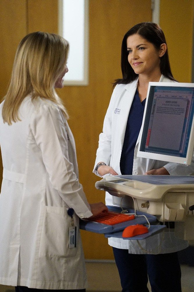 """On Grey's Anatomy Season 13 Episode 14, Alex returns to work to find that a lot has changed. Here's a preview of """"Back Where You Belong."""""""