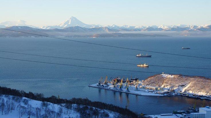 Avachinsky Bay, Petropavlovsk-Kamchatsky: Zobrazte recenze, články a fotografi z Avachinsky Bay na webu TripAdvisor.