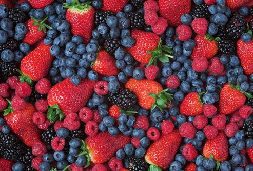 Berries  Like other fruit, berries are high in water and fibre, which can keep you full longer. However, they have another benefit -- they're very sweet. This means berries can satisfy your sweet tooth for a fraction of the calories you would take in with biscuits or cakes.